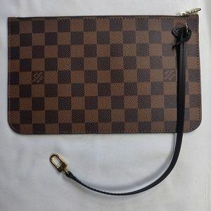 NWOT Louis Vuitton pouch